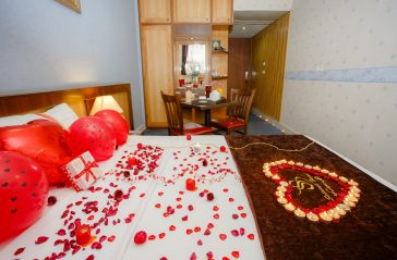 Double Room Isfahan Hotel