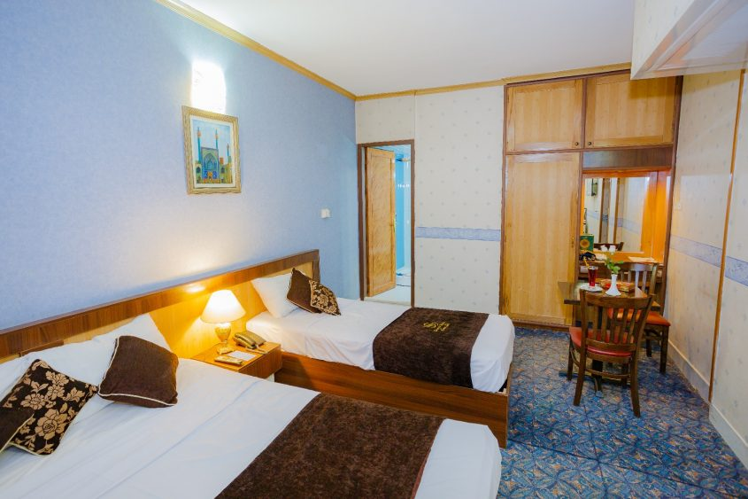 Triple Room Isfahan Hotel